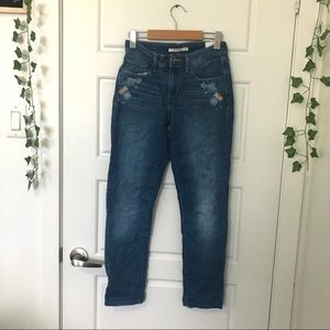 Levi's    Embroidered Jeans